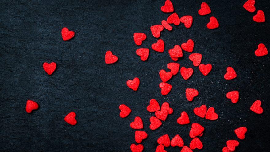 Starweb firar alla hjärtans dag